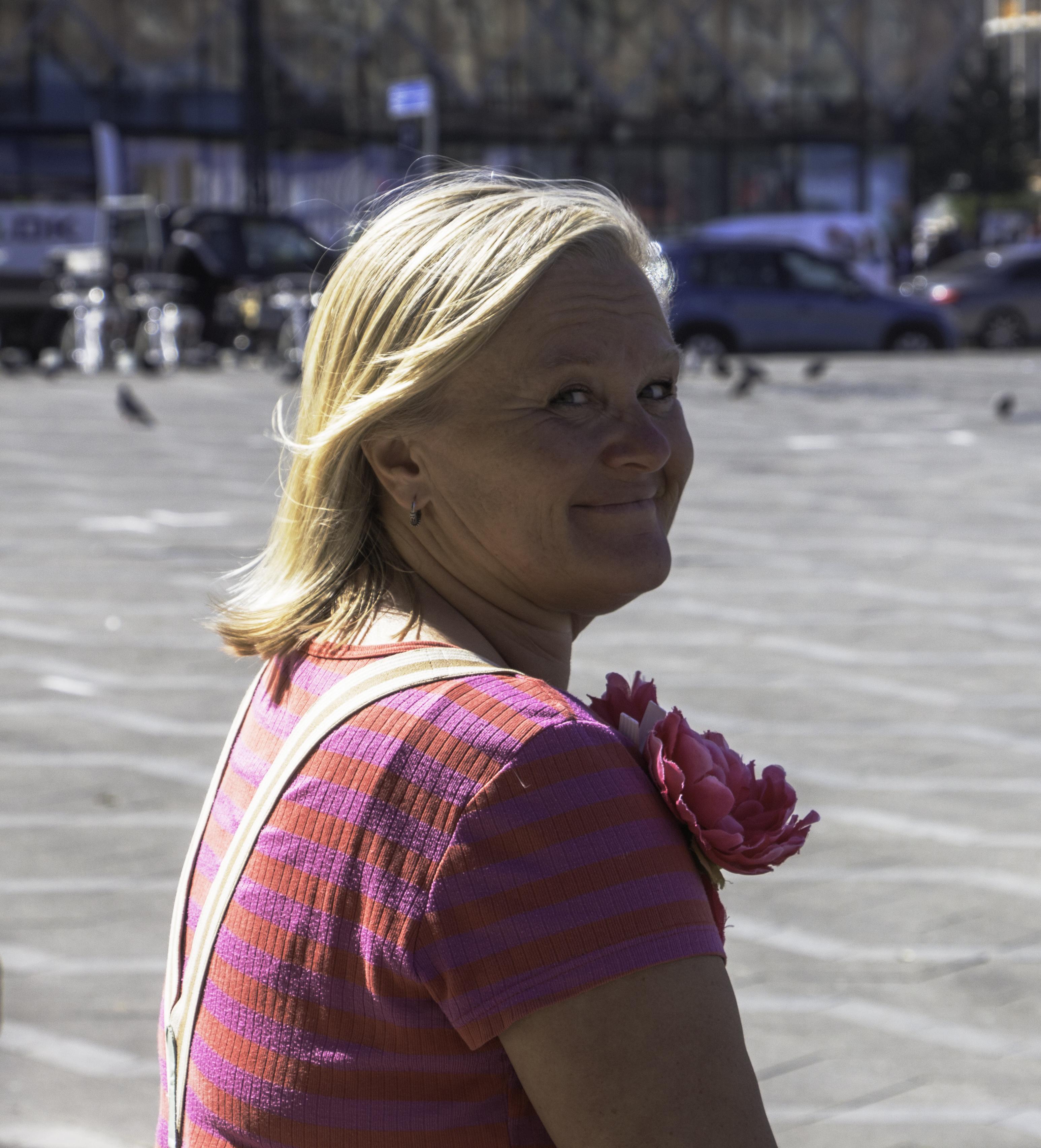 KirstenSideways